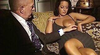 Hidden cam at Italian Vintage Massage
