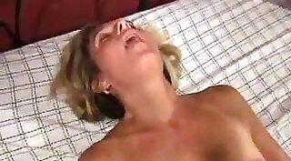 Sexy wife fibbing until she orgasms